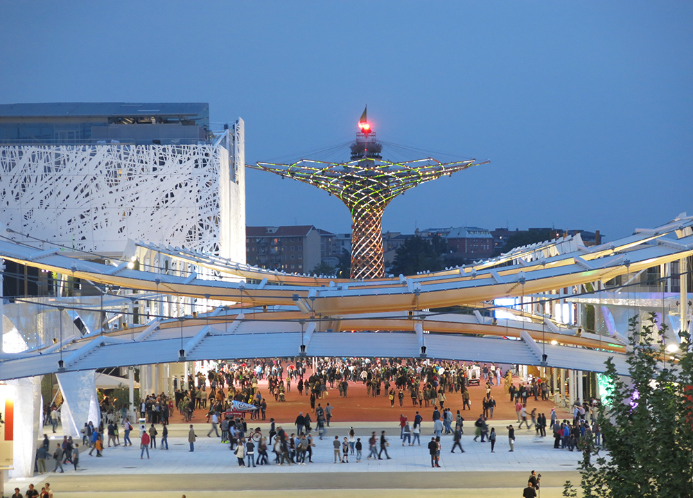 Milan Expo by night