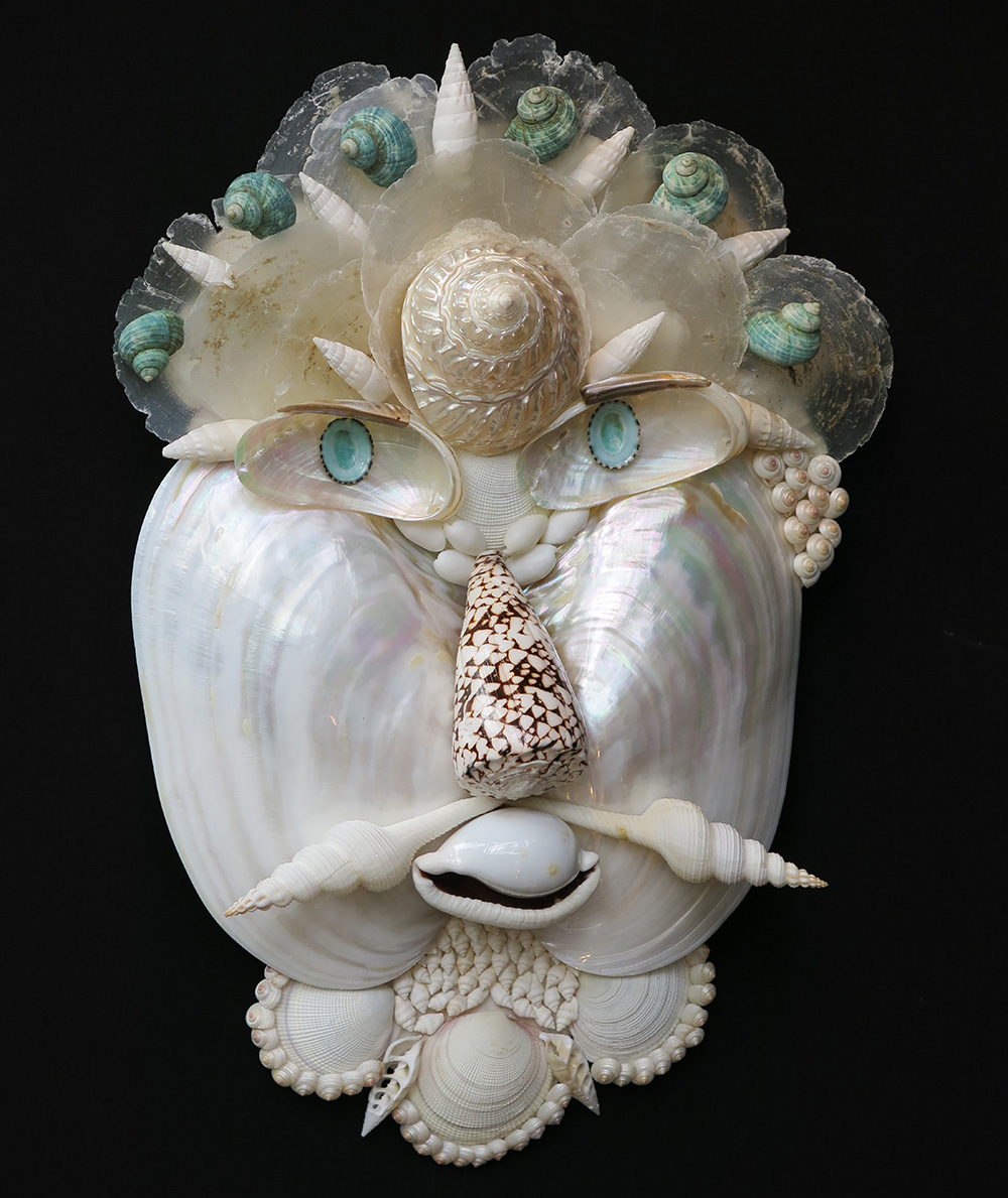 Caroline Perrin shell sculpture - Winter