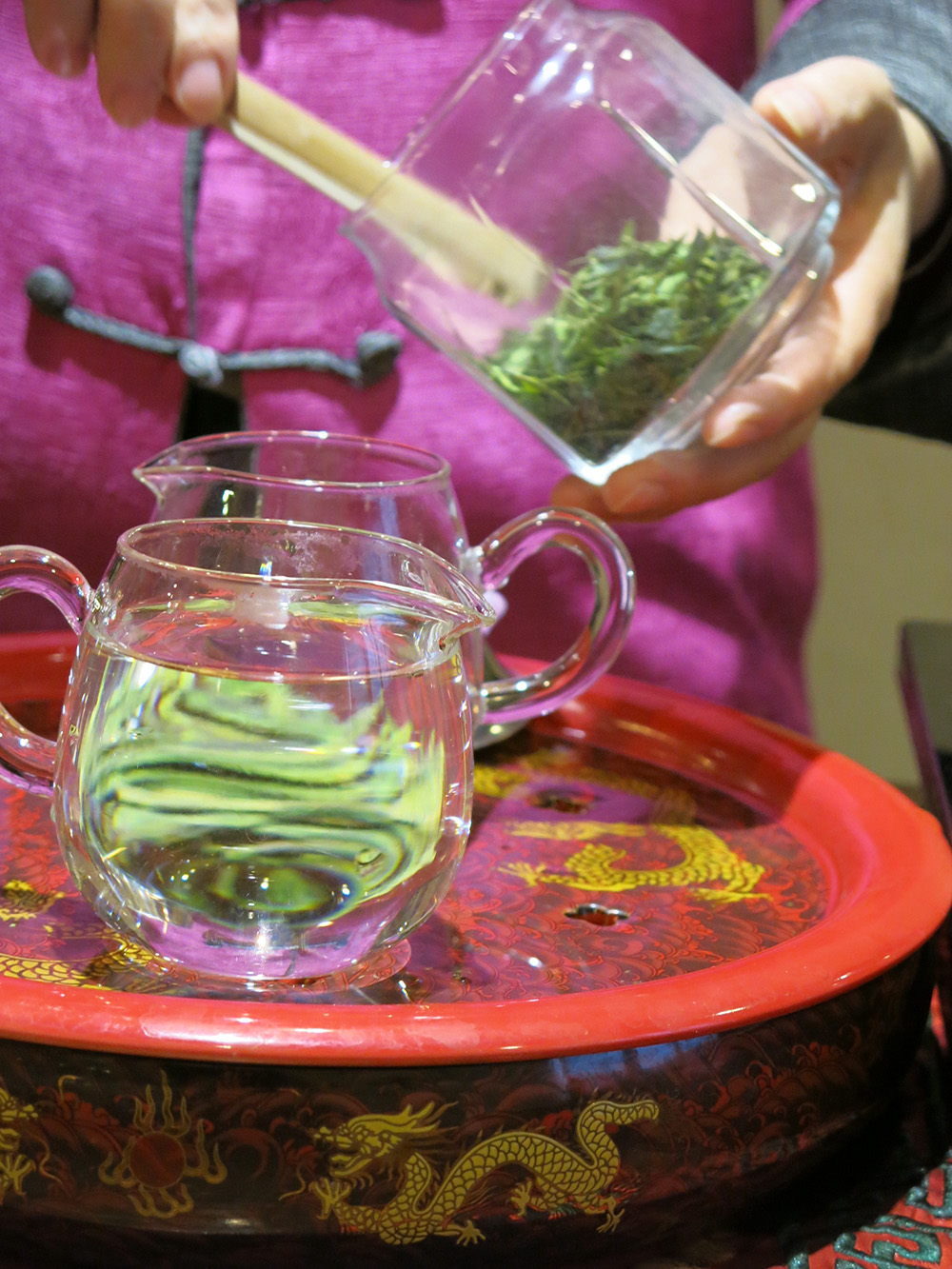 Green leaf oolong tea