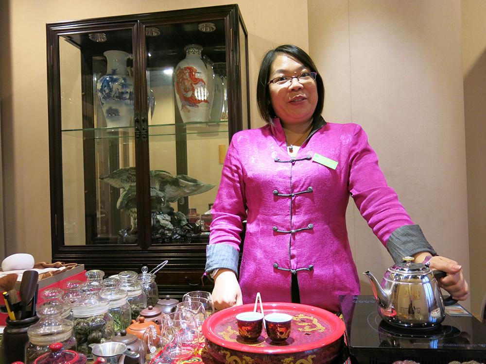 Tea making demonstration