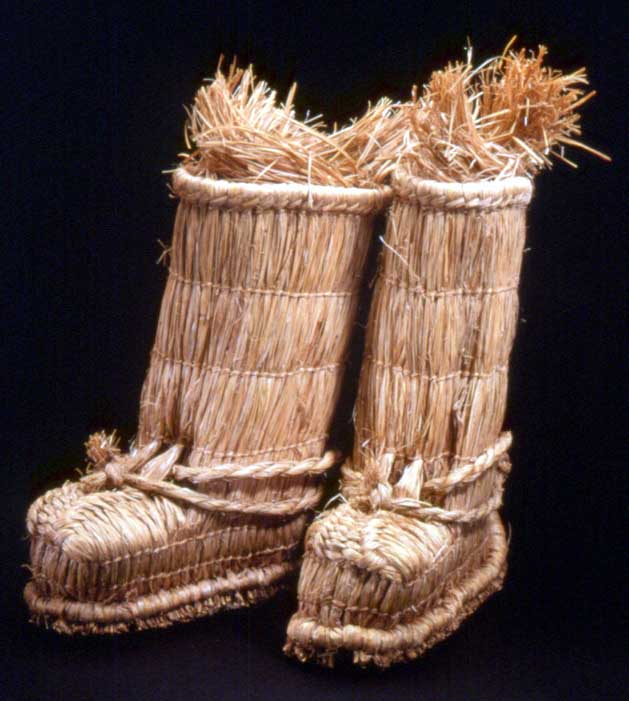 Japanese straw snow boot